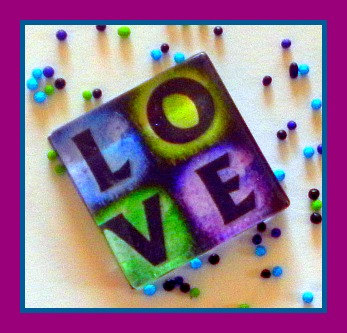 Magnet - LOVE - 1 Inch Glass Square - Valentine's Day