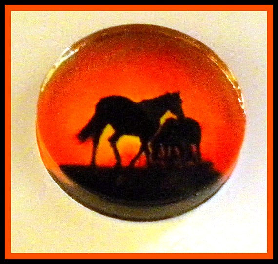 Horse - Magnet - 2-inch Glass Circle - Stocking Stuffer