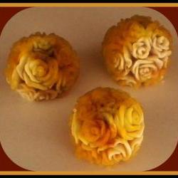 Soap - Creme Brulee Scented Rose Soaps - Made with Goat's Milk - Set of 3 - Weddings, Party Favors, Table Decorations